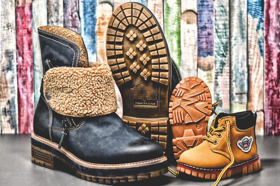 winter boots, shoes, children's shoes-3846915.jpg